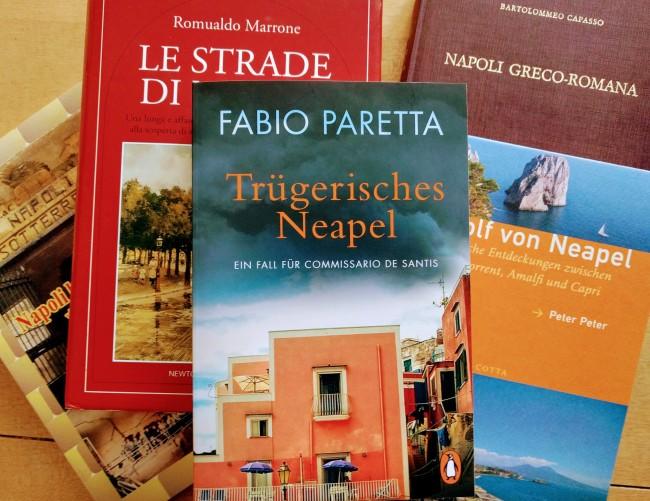 "©e_mager Fabio Paretta ""Trügerisches Neapel"""